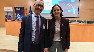 Josep Trabado, director general de Endesa X, con Reyes Maroto, ministra de Industria, Comercio y Turismo en funciones (Foto: Endesa).