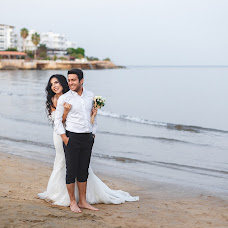 Wedding photographer Aleksandr Byrka (Alexphotos). Photo of 28.10.2017