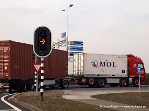 Photo: So transportiert man in Venlo  ----> www.truck-pics.eu