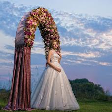 Wedding photographer Taur Cakhilaev (TAUR). Photo of 24.10.2014