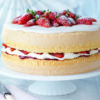 The Ultimate Sponge Cake.