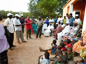 Photo: Community meeting regarding FSCA Project, Guinea