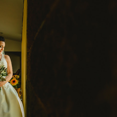 Fotógrafo de bodas Alin Solano (alinsolano). Foto del 04.04.2018