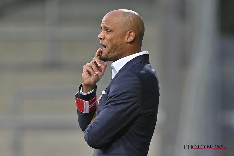 """Kompany is het niet eens met de stelling dat er te weinig verticaliteit in het spel van Anderlecht zat: """"Da's een beetje zoals religie"""""""