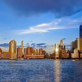 by Sandy Friedkin - City,  Street & Park  Skylines ( skyline, wtc )