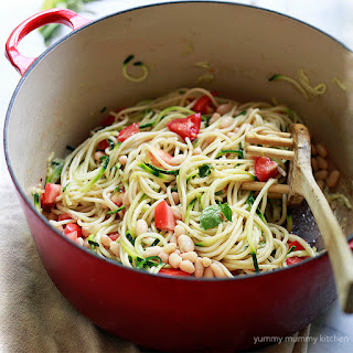 Zucchini Noodle Spaghetti with White Beans and Tomatoes