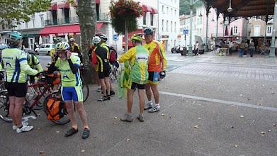 Photo: Foix, départ devant la halle