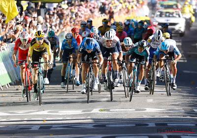 Gisteren coronatesten in de Tour de France: wielerploegen wachten opnieuw in spanning af