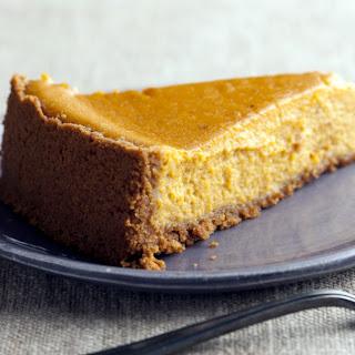 Low Carb Pumpkin Pie with Hazelnut Crust.