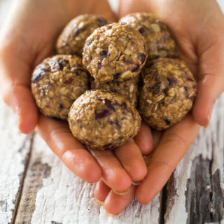 Vegan Almond Energy Balls with Cranberry, Maple and Vanilla {Gluten Free + High Protein}