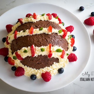 Chocolate Mousse with Fresh Berries Recipe