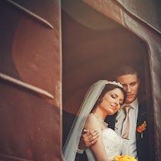 Wedding photographer Denis Popov (esquiso). Photo of 17.07.2013