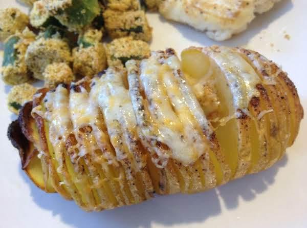 3 Cheese Hassleback Potatoes Recipe