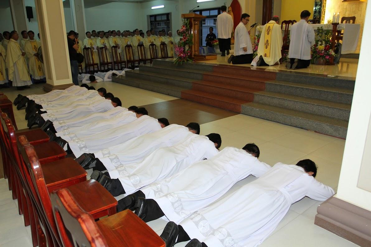 Lễ Phong Chức Phó Tế tại Toà Giám Mục Nha Trang - Ảnh minh hoạ 13