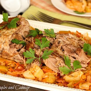 Slow Cooker Pork with Apples and Cabbage