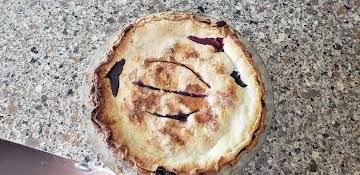 Multi berry pie