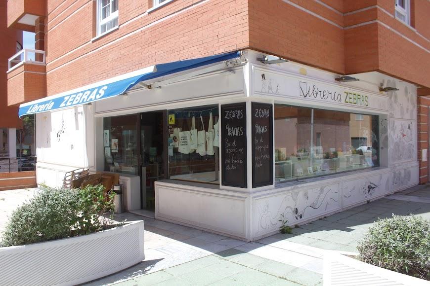 Librería Zebra, ubicada en la Plaza Balneario San Miguel.