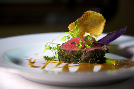 Seadream-dining-beef.jpg - The Dining Salon offers some of the best cuisine at sea on SeaDream Yacht Club cruises.