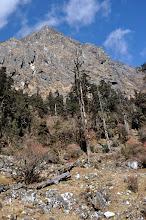 Photo: Continuation de la remontée de la vallée de la Sambuwa khola