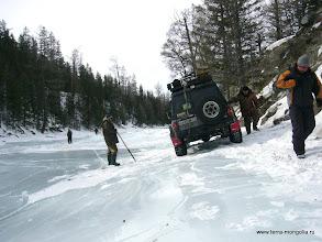 Photo: На таких ледяных травесах будем страховать машину через дерево.