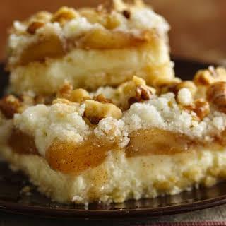 Gluten-Free Apple Streusel Cheesecake Bars.