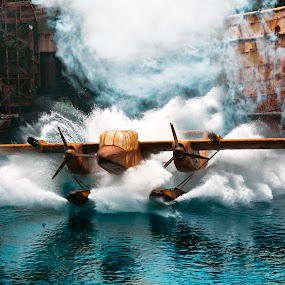 Plane Splash by Israr Shah - Transportation Other ( universal studio, singapore water world, universal sentosa, sentosa, universal studio singapore, israrshah, singapore )