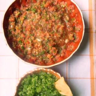 Quick and Fresh Tomato and Tomatillo Salsa.