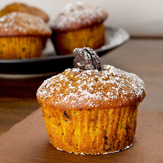 Pumpkin Oreo muffins