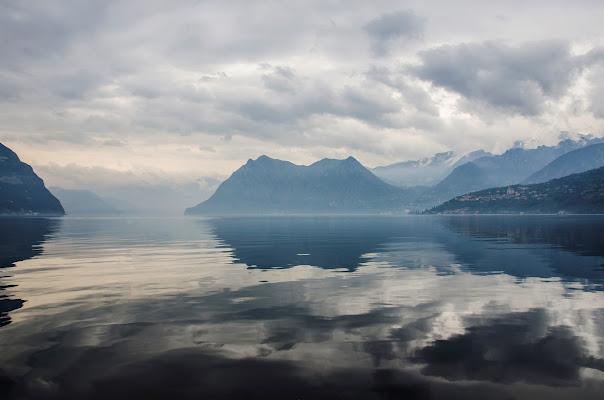 le nuvole nel lago di Elisabetta Castellano