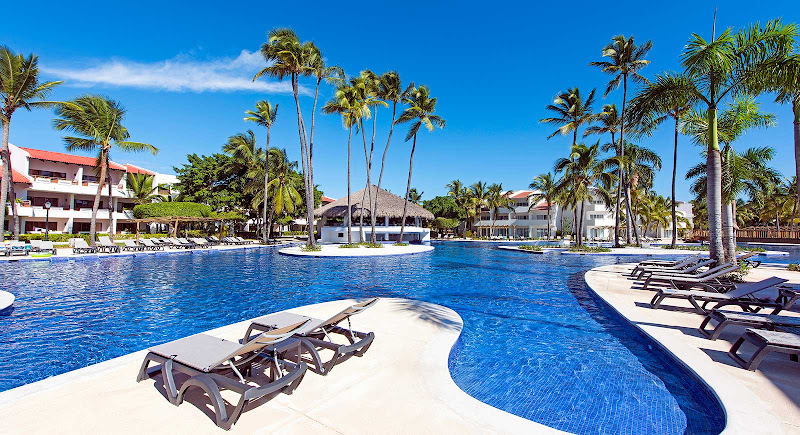 The hotel pool at the Occidental Grand Punta Cana Resort. (Click to enlarge.)