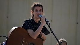 La artista durante su actuación en la capital.