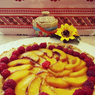 Peach and Raspberry Pie with Shortcrust Pastry