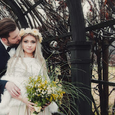 Wedding photographer Yuliya Petrova (petrovajulian). Photo of 24.04.2018