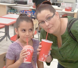 Photo: We enjoyed our drinks and were ready to shop!