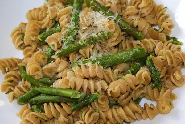 Creamy Pasta  With Asparagus