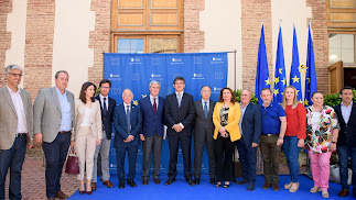 Secretario de Estado de Hacienda, presidente de Diputación y representantes institucionales en Adra.