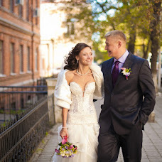 Wedding photographer Vladimir Krasnopoyasovskiy (LunyDunce). Photo of 02.12.2012