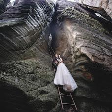 Wedding photographer Serhiy Prylutskyy (pelotonstudio). Photo of 10.01.2018