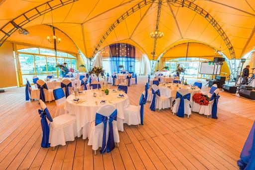 Банкетный зал «Шестигранник» в Малибу для свадьбы