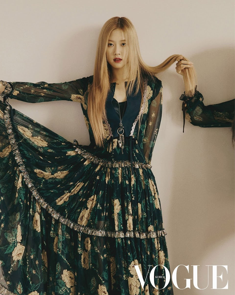 BLACKPINK-Rose-and-Jisoo-for-Vogue-Korea-November-2018-issue-