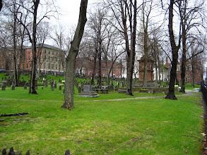 Photo: Son mezar 1847'de kazılmış.