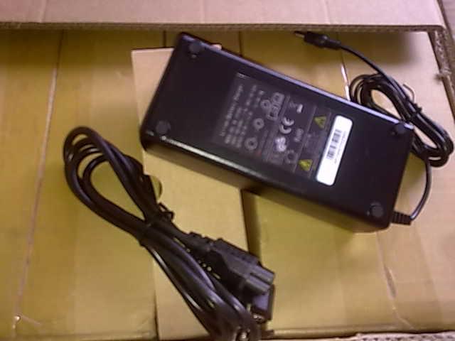 Batería de botella nueva con cargador 36V 9 Ah: 250€ RGrf3CsZ5_KCPJqyM8dRm-kfG6CVeHa_3ef_GTrBaCQ=w640-h480-no