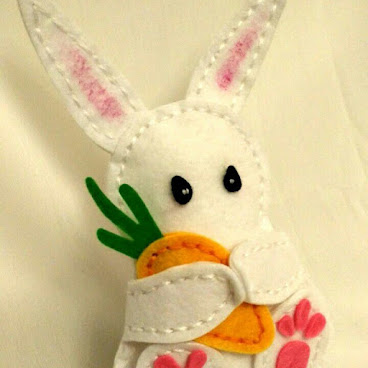 Easter Felt Rabbit (in DIY package)