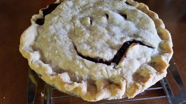 Wild Black Raspberry Pie Recipe