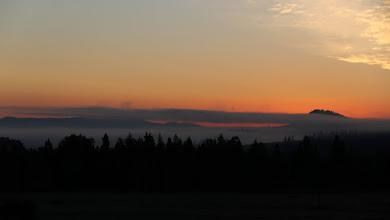 Photo: Gorce i Podhale o wschodzie słońca.