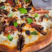 Medium The Pretentious Pie Pizza (10 Toppings)
