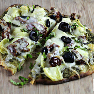 5 min. Pesto and Artichoke Pizza