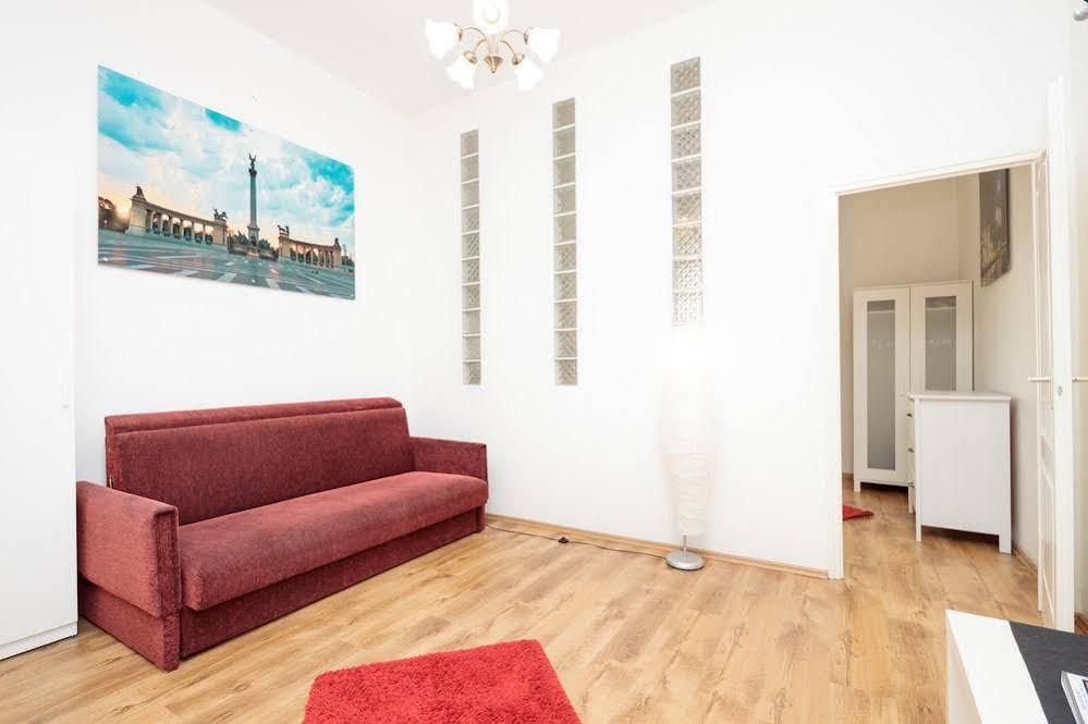 City Centre Style Apartment