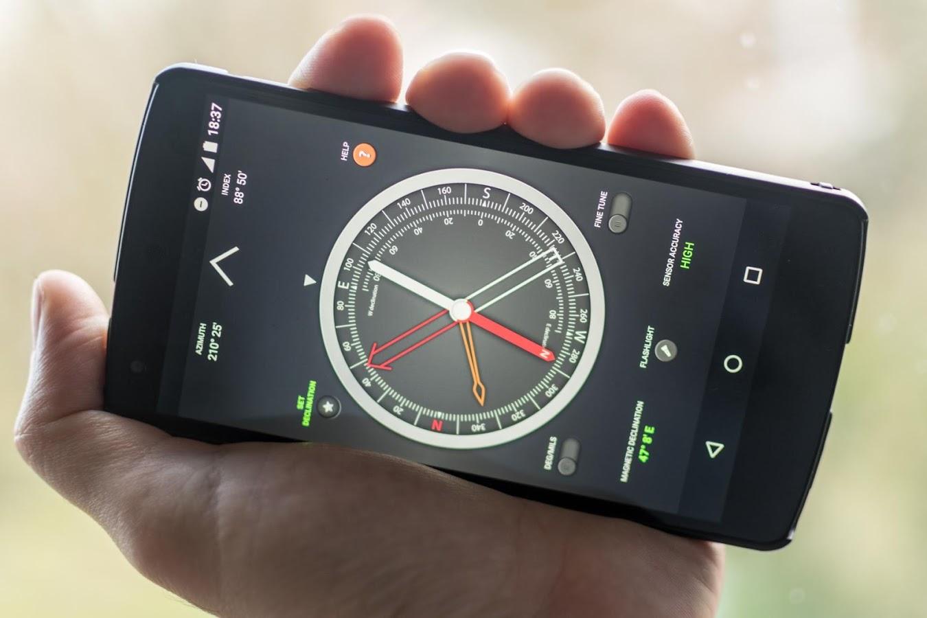 Compass Pro- tangkapan layar