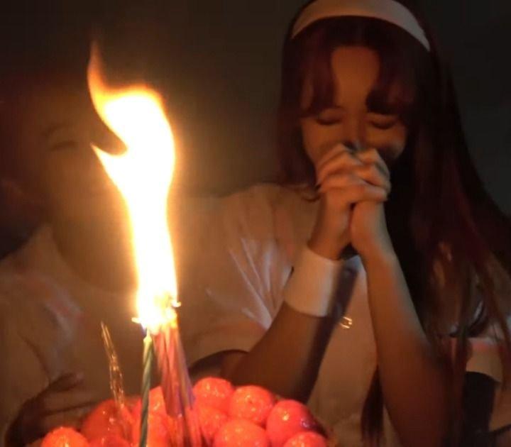 aoa birthday candles 1